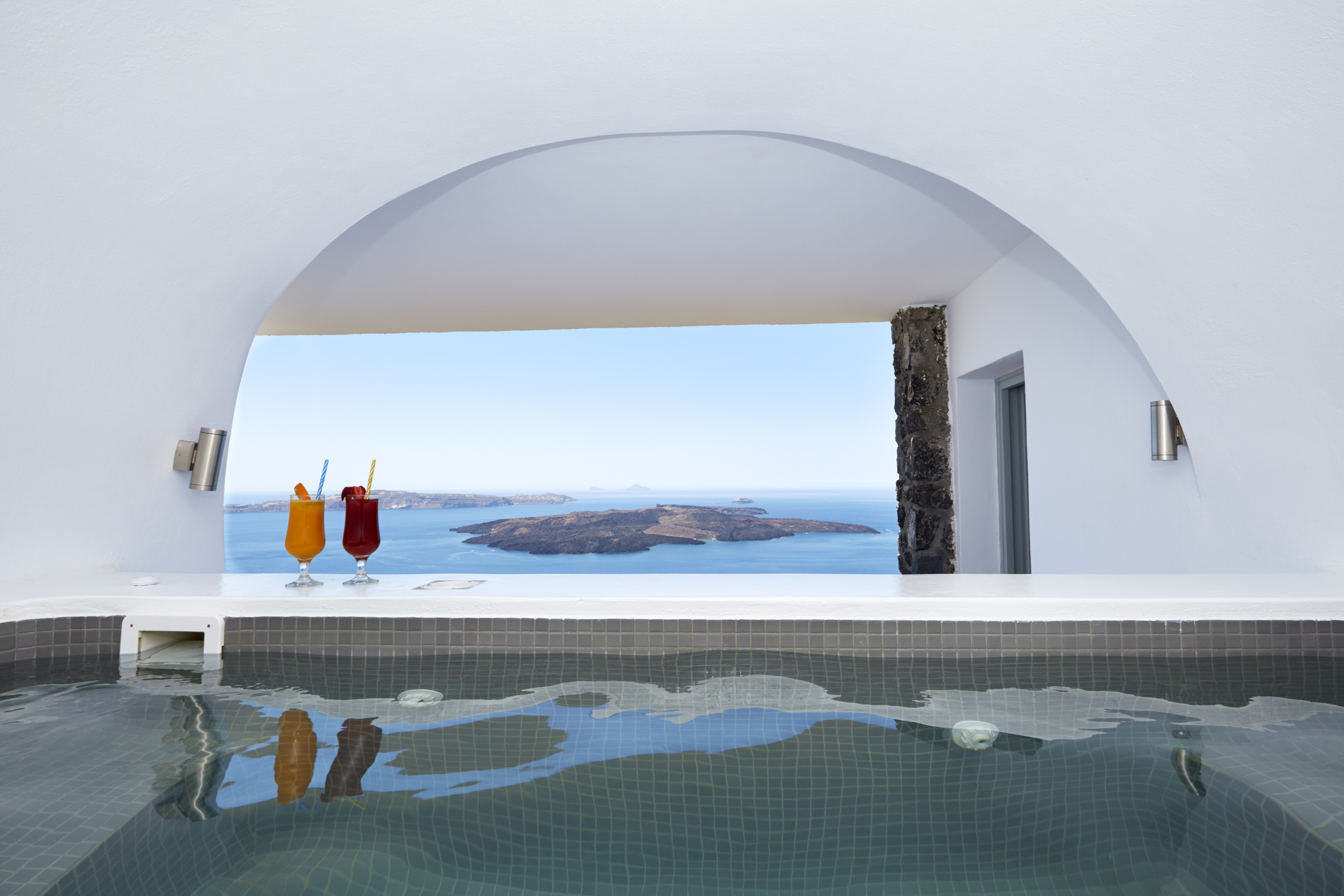 The sea view from the Exclusive Suite's jacuzzi!