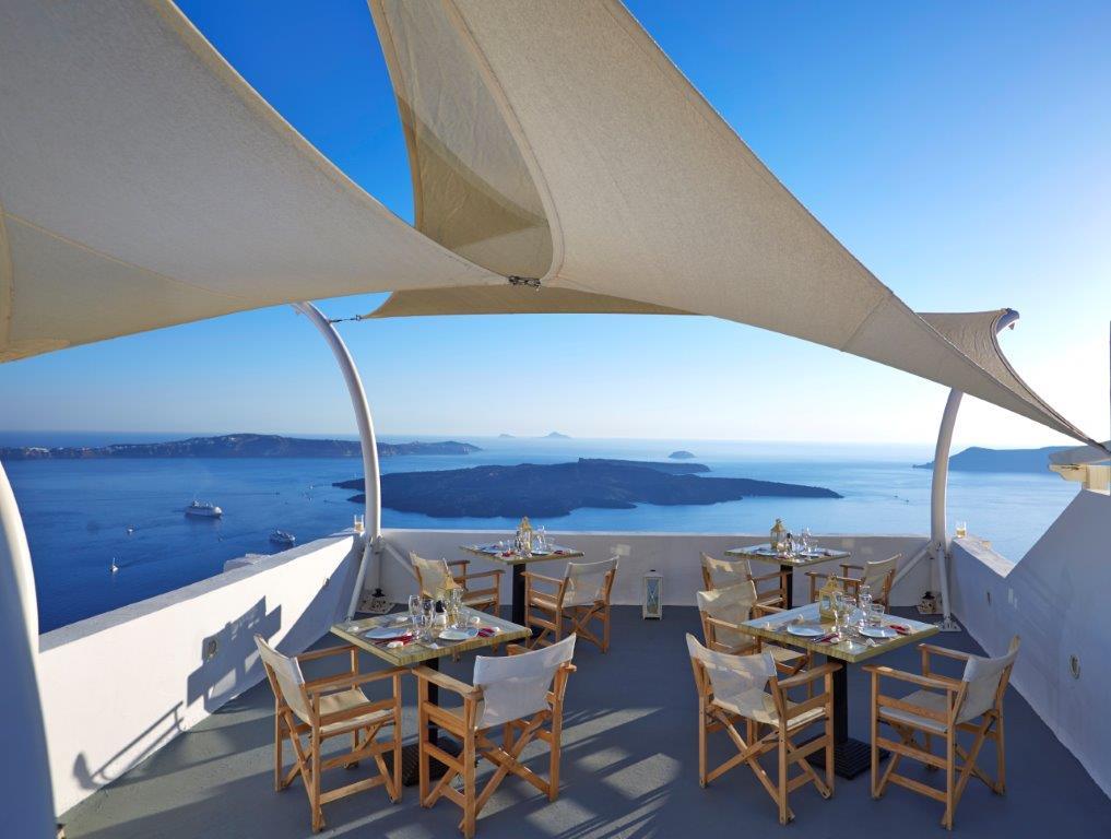 News Ira Hotel Santorini!